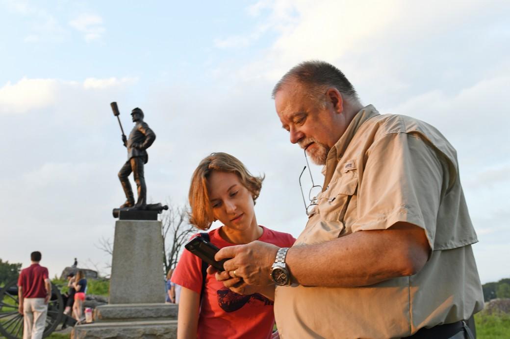 Gettysburg battlefield olena and guide